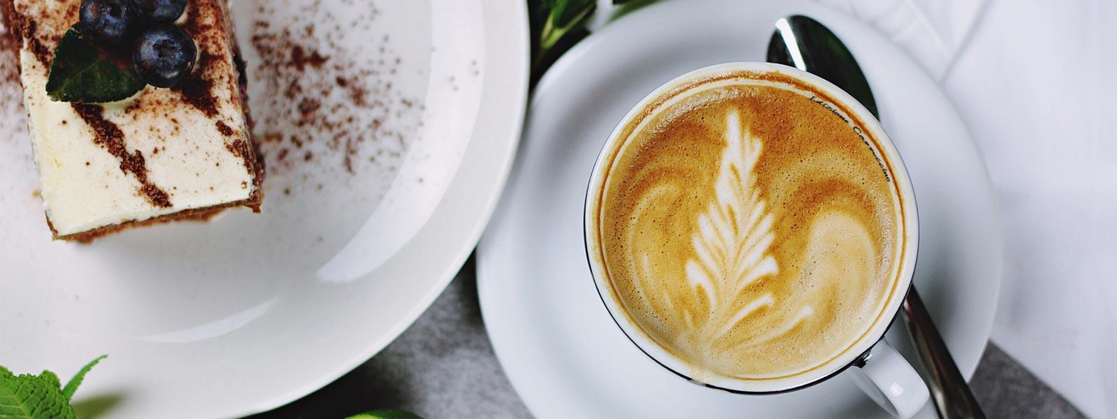 Kaffeevollautomat-für-Bäckerei-Kaffee-Kuchen Kaffeevollautomat-für-Bäcker Siebträger für Bäckerei Siebträger für Bäcker Siebträgerkaffeemaschine